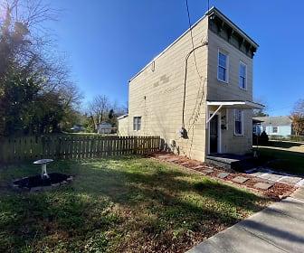 1825 Claiborne St, East Highland Park, VA