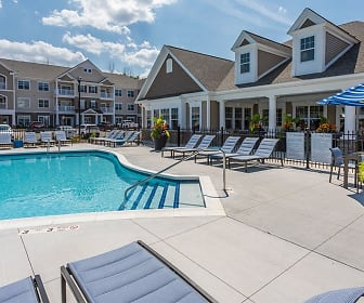 Winding Creek Apartments & Townhomes, 14580, NY
