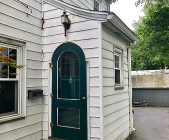 1105 Walnut Street. Upper, 14905, NY