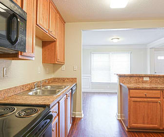 Kitchen, Walker's Chase Townhomes