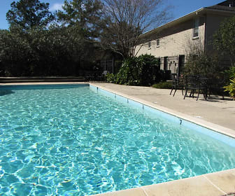Pool, St. Francisville Square Apartments