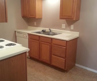 Kitchen, Garden Pines Apartments