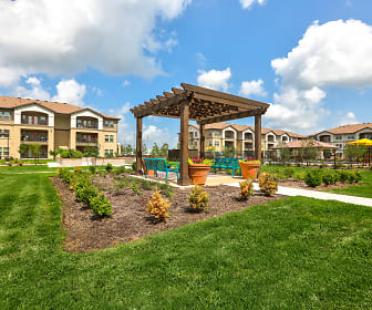 Courtyard, Mariposa Apartment Homes at Clear Creek (Senior Living 55+)