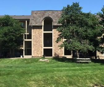 Bristol Pointe Apartments, Prince Of Peace Catholic School, Olathe, KS