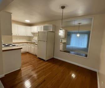 Kitchen.jpg, 417 Parkdale Ave, Unit 6
