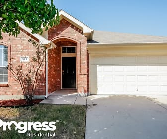 529 Paddle Dr, Crowley, TX