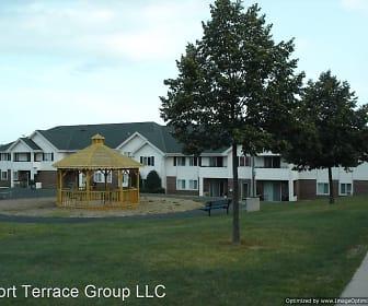 1565-1589 W Portview Drive, Port Washington, WI