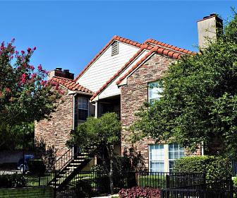 Sevilla Condominiums, Dallas Christian College, TX