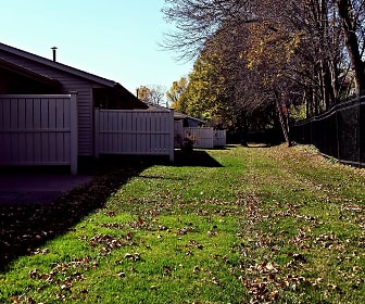 Auburn Townhomes, Hopkins, MN
