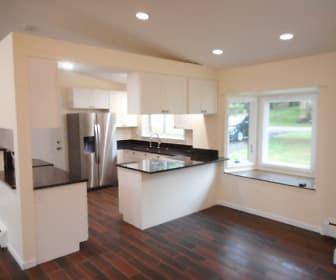 Kitchen.jpg, 6395 Waterford Hill