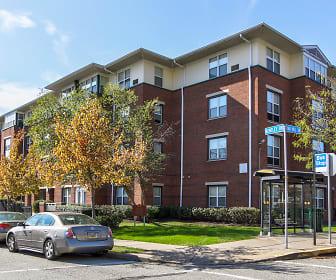 Building, Oak Hill Apartments