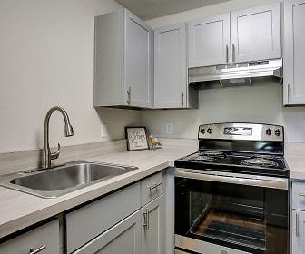 Kitchen, Miramonte Lodge