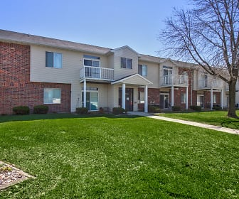 Wyndham Heights Apartments, Sawyer West, Ames, IA