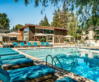 Pool, Sharon Green