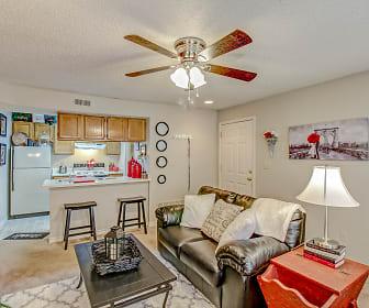 Living Room, The Retreat at Walnut Creek