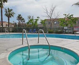 Pool, Park Sierra