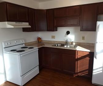Kitchen, Winthrop Terrace - Defiance