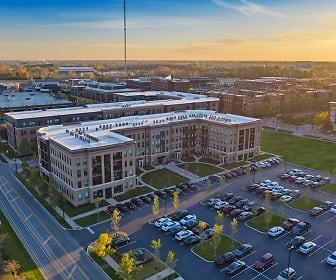 Apartments at the Yard: Kipton, Thomas A Edison Intermediate School, Columbus, OH