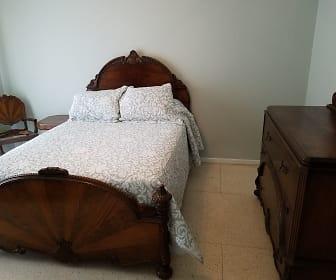 bedroom 1b.jpg, 324 Sena Dr