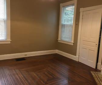 Living room_2.jpg, 785 Delta Avenue