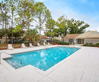 Pinewood Pointe Apartments, Jacksonville, FL