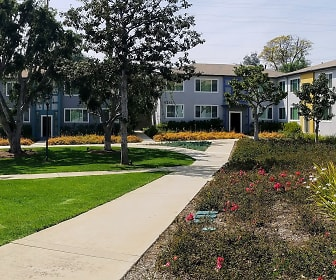 Ladera Townhouse Apartments, 90056, CA