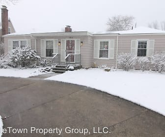 1312 North Woodridge Drive, Ridgeville, IN