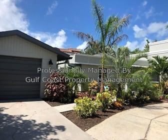 1800 Alta Vista St, South Gate Ridge, FL