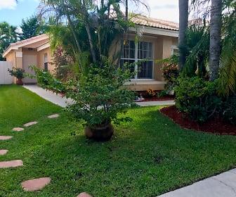 17626 SW 20 St., Towngate, Pembroke Pines, FL