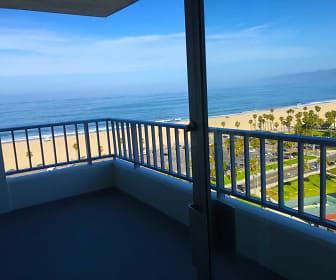 The Shores, Ocean Park, Santa Monica, CA