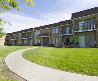 Maple Leaf Apartment Homes, Monee, IL