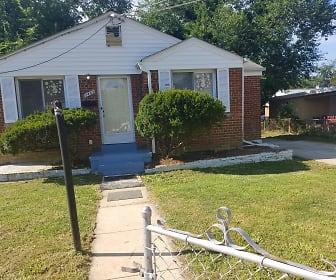 2403 Chapman Rd, Hyattsville, MD