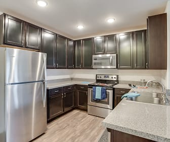 Kitchen, Heritage Preserve Apartments