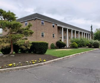 Liberty Square Apartments, Oak Park Elementary School, Lansdale, PA
