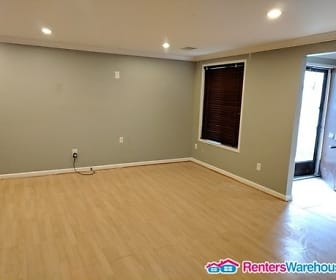 Living Room, 9663 Brassie Way