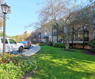 Landscaping, Barrcrest Apartment Homes