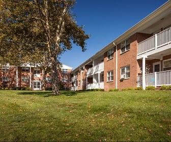 Building, Crestview Apartments