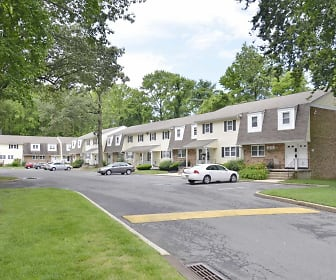 Klockner Woods & Crestwood Square Apartments, Trenton, NJ