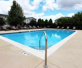West Line Apartments, Woodland Heights, Streamwood, IL