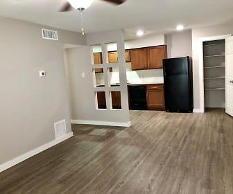 Living Room, Broad Viewe