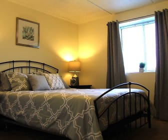 Bedroom, North Pointe Commons