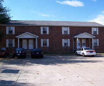 Front view from parking lot, 315 Berkley Court