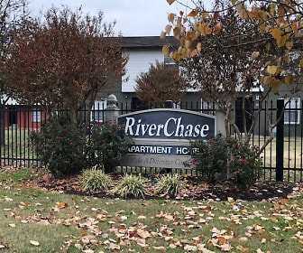 Leasing Office, RiverChase
