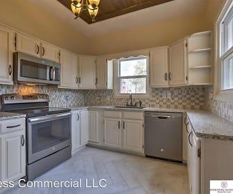Kitchen, 1121 S 30th Ave
