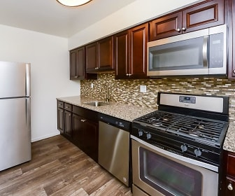 Kitchen, Brookside Manor Apartments & Townhomes