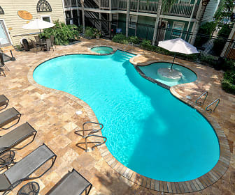 Pool, The Terraces at Metairie