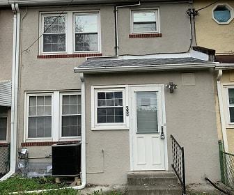 38 Kinship Rd, Eastwood, Dundalk, MD