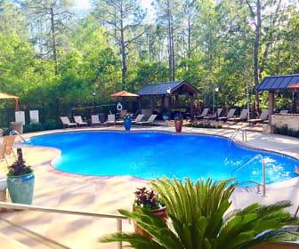Pool, Lagniappe of Biloxi Apartment Homes