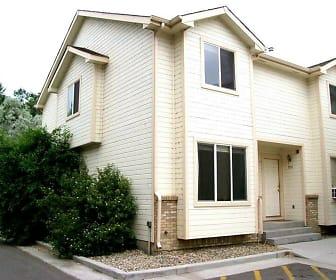 950 N. Monroe Ave., Loveland, CO