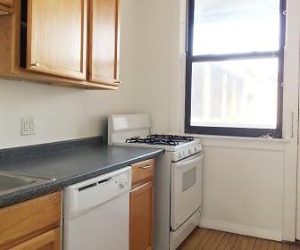 Kitchen, 5237 S Kenwood Ave